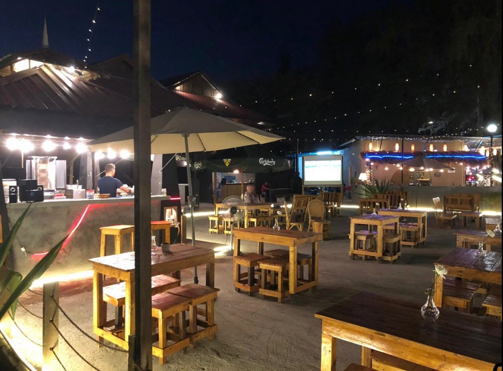 grill & chill at Pantai Tengah, late night place to eat in Langkawi